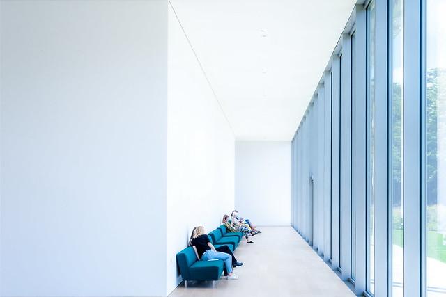 White waitingroom
