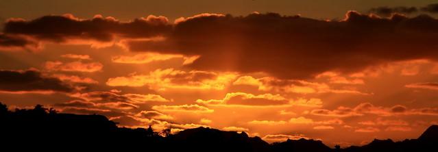 Sunset time à l'orange sur Tahiti