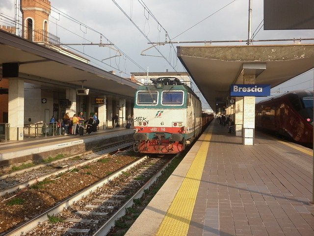 E652 165 in transito a Brescia 06/10/2017