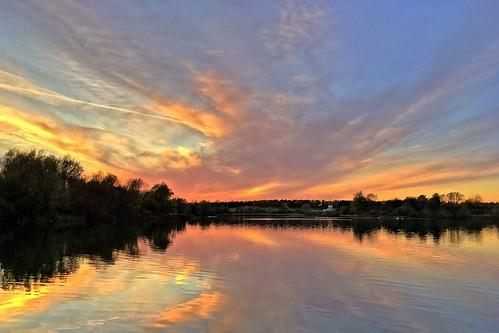 miltonkeynes iphone se buckinghamshire lake sky sunset clouds