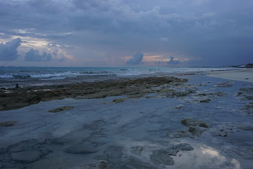 sea beach bahamas lovebeach itsbetterinthebahamas newprovidence nassau ocean sunrise weather sand sky water sonya6000