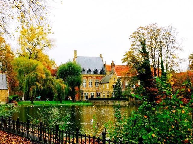 Autumn in Bruges.
