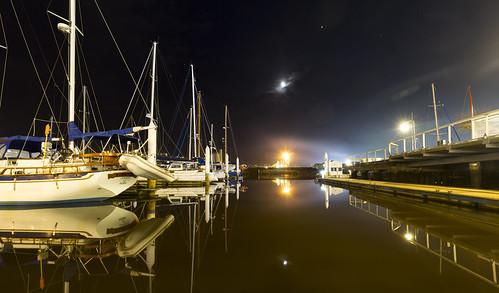 launceston tasmania night seaport boats marina yachts tamar tamarriver jetty wharf evening moon clear still calm