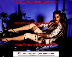Mia Maestro authentic signed memorabilia | http://ift.tt/2kYhiwh