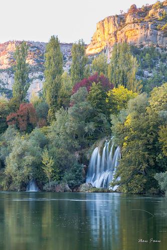 croatia croatie hrvatska dalmatia dalmatie automne autumn fall waterfall parc krka lac couleurs reflets reflection october octobre arbre arbres