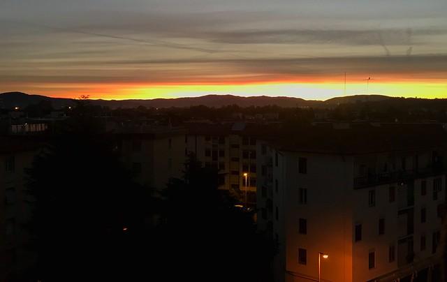 La prima luce del giorno - The first light of day