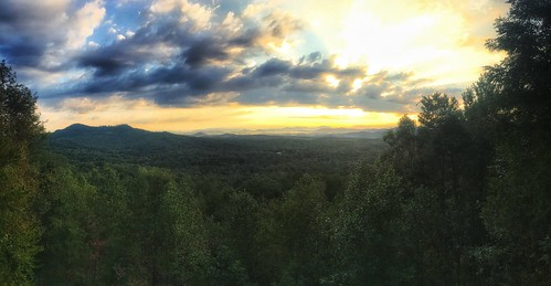 mobilephotography iphone6s blueridge mineralbluff appalachians sunrise mountains landscape highviewlodge ladycardinalphotography jenniffertaylor