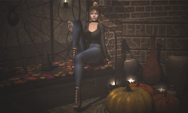 LOOK-431-Witch 2