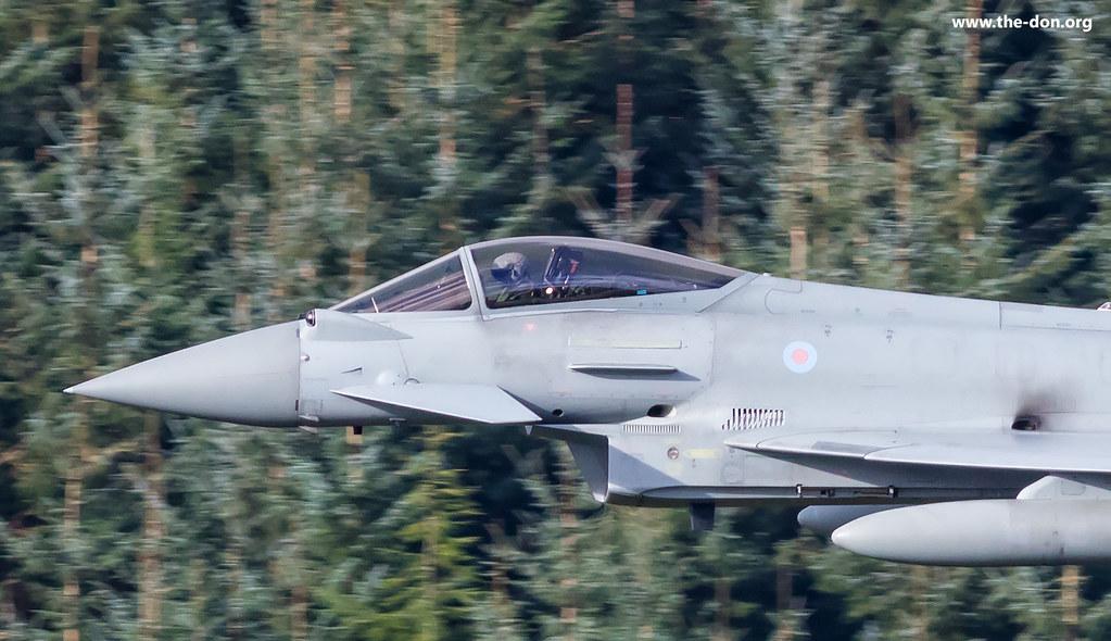 Eurofighter Typhoon cockpit | Cockpit show low level in Nort