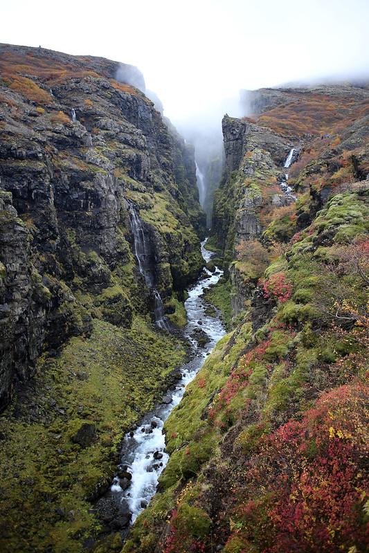 The river Botnsá gorge