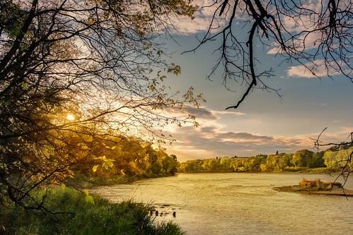 view assiniboinepark nature water tourist lake fall trees 1855mm river xt20 views hdr photomatix green winnipeg 2017 manitoba canada