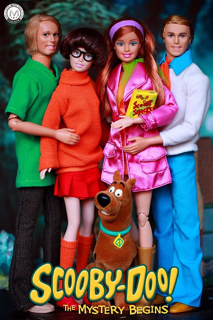 Happy Halloween from Scooby & the Gang 🎃