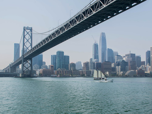 The Bay Bridge on a rare hot weekend | by Leticia Roncero