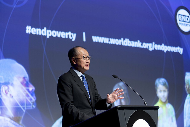 "Mar, 10/17/2017 - 11:07 - October 17, 2017 -WASHINGTON DC - Conversation On End Poverty Day: How Can We Break The Cycle?  Jim Yong Kim, President, World Bank Group; Maimuna Ahmad, Founder and CEO, Teach for Bangladesh; Beatriz ""BB"" Otero, President of Otero Strategy Group and Senior Advisor, Bainum Family Foundation; Carolina Sanchez-Paramo, Senior Director, Poverty and Equity Global Practice, World Bank Group; Richelieu Lomax, Regional Team Leader, Integrity Vice Presidency, World Bank; Lola Ogunnaike, Journalist and Television correspondent. Photo:  World Bank / Simone D. McCourtie   Photo ID: 101717-EndPovertyDay-0060f"