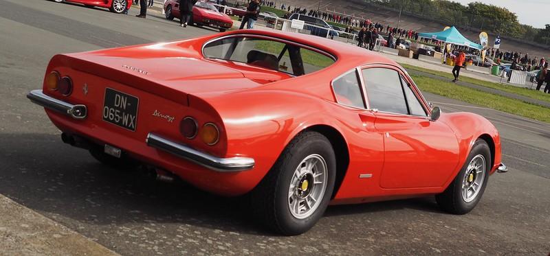 Ferrari Berlinetta Dino 246 GT    Linas Montlhéry Octobre 2017 37577397621_b6b16778bd_c