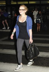 Hilary Duff And Mike Comrie Fly In