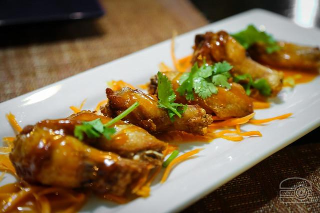 Spicy Thai Cream Sauce Wings - Ta Khrai Thai Cafe