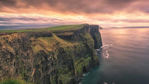 greencoast autumn october nature sunset ireland westcoast beauty atlanticocean seaside outdoor sea cliffsofmoher seascape light countyclare irland ie