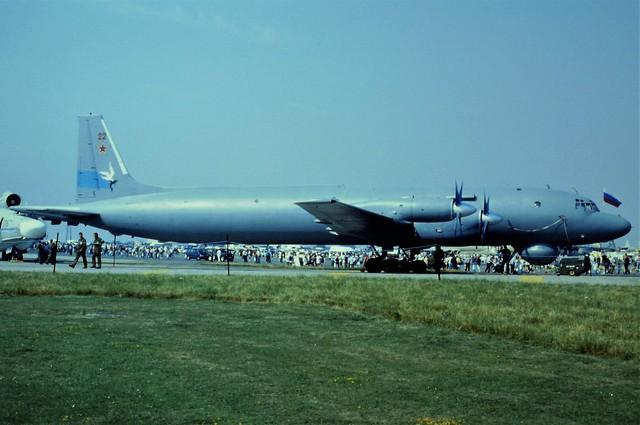 Il-38 22/Red c/n 081011006 Ostrov-Regiment, Russian-Navy. RAF Fairford International Air Tattoo/ IAT. 20 July 1996.
