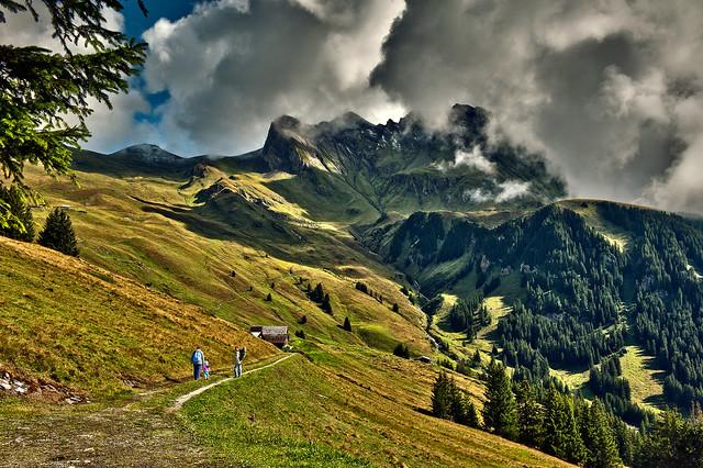 Family hiking, Bussalp. Above Grindelwald. Canton of Bern. Switzerland.20.08.15, 10:47:01 .Izakigur No. 8304.