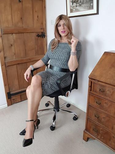Transvestite long black cock