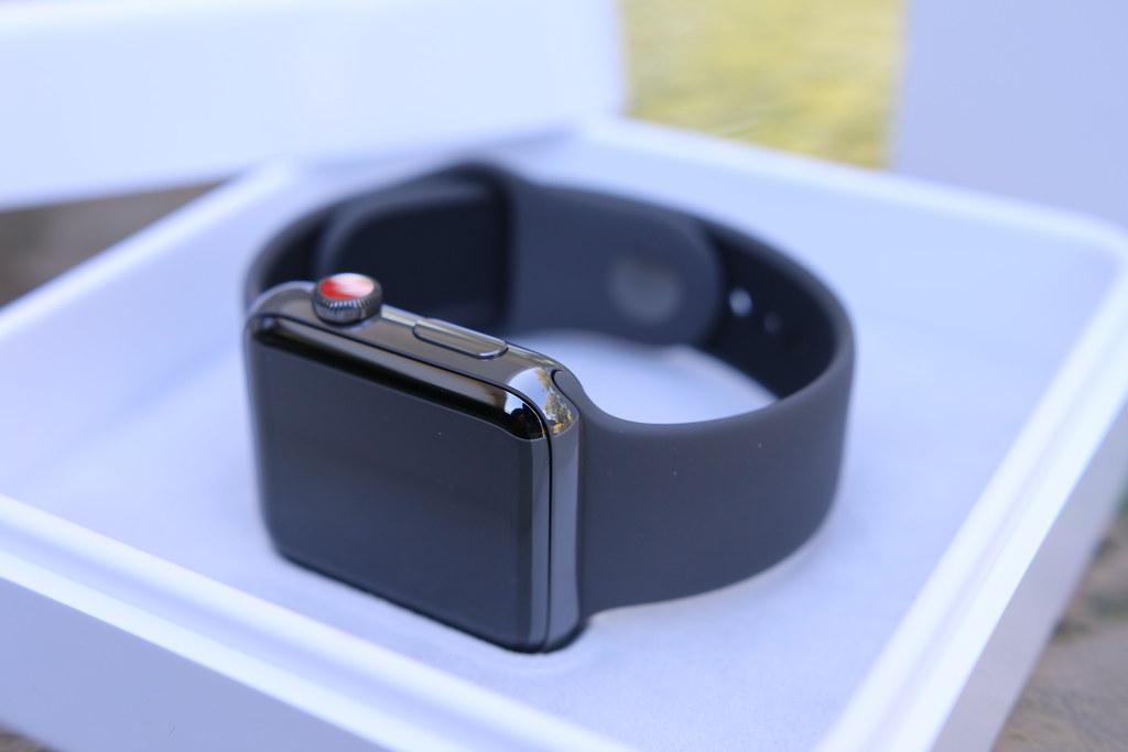 Apple Watch Series 3 Ceramic Gray Edition
