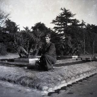 WW2 GIs visit O'Campo Pagoda 4 of 14