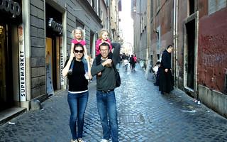 2016 - Europe - Rome - Around Town - Shamblins on Street   by SeeJulesTravel