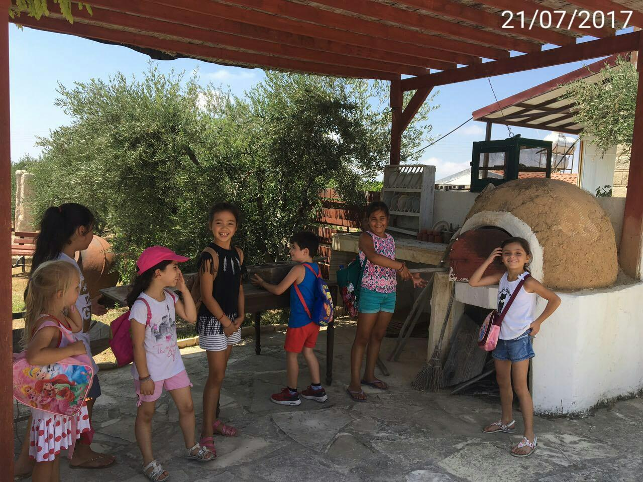 Kids' excursion – Παιδική εκπαιδευτική εκδρομή