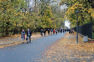 Natolin Students Debate In The Royal łazienki Park In Wars