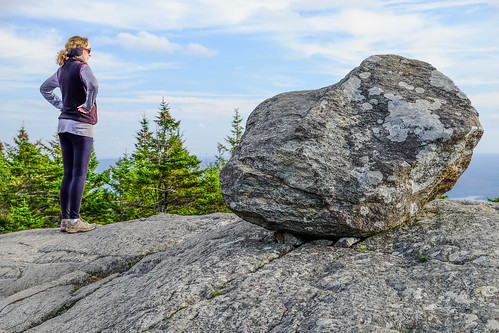 jaffrey newhampshire unitedstates us rock nh virginija peak top trail obstacle woman monadnock whitedottrail mountain