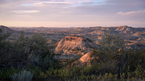 Painted Canyon, Theodore Roosevelt National Park 10/13/17  #theodorerooseveltnationalpark #northdakota | by Sharon Mollerus