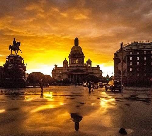 sunset presunset postsunset reflections water clouds cloudscape canonpowershotsx60hs canon powershot gold monument outdoors outdoor outside outrdoors russia stpetersburg saintpetersburg landscape squareformat tourism walking skyscape sky skyline stisaacs