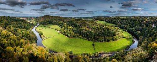 riverwye wyevalley herefordshire yatrock symondsyat meander bendintheriver forestofdean woodland autumn