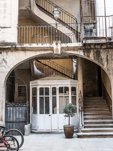 Montpellier courtyard