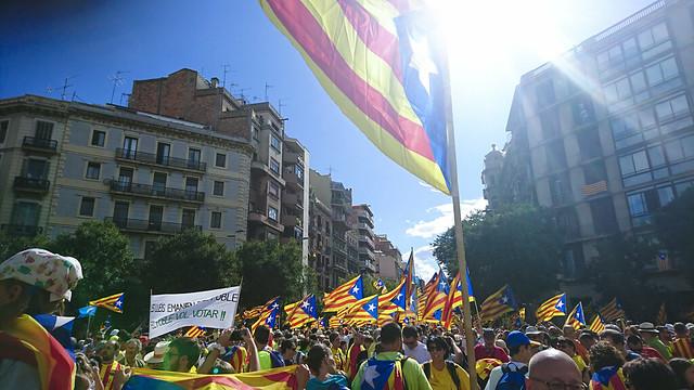 6. Mientras tanto en Cataluña...