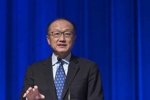 "Mar, 10/17/2017 - 11:04 - October 17, 2017 -WASHINGTON DC - Conversation On End Poverty Day: How Can We Break The Cycle?  Jim Yong Kim, President, World Bank Group; Maimuna Ahmad, Founder and CEO, Teach for Bangladesh; Beatriz ""BB"" Otero, President of Otero Strategy Group and Senior Advisor, Bainum Family Foundation; Carolina Sanchez-Paramo, Senior Director, Poverty and Equity Global Practice, World Bank Group; Richelieu Lomax, Regional Team Leader, Integrity Vice Presidency, World Bank; Lola Ogunnaike, Journalist and Television correspondent. Photo:  World Bank / Simone D. McCourtie   Photo ID: 101717-EndPovertyDay-0041f"