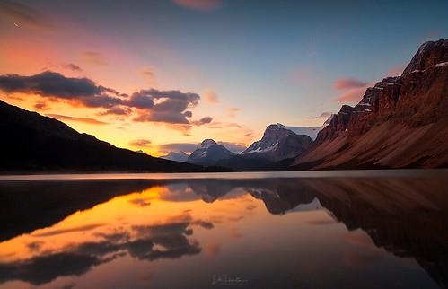 reflections clouds mountain sunrise banffnationalpark alberta canada bowlake canon lahorstmanphotography