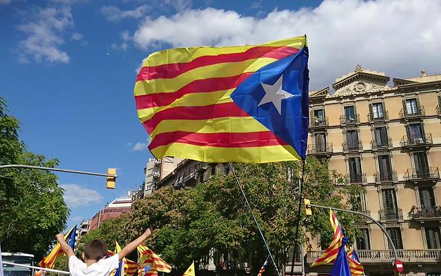 12. Mientras tanto en Cataluña...