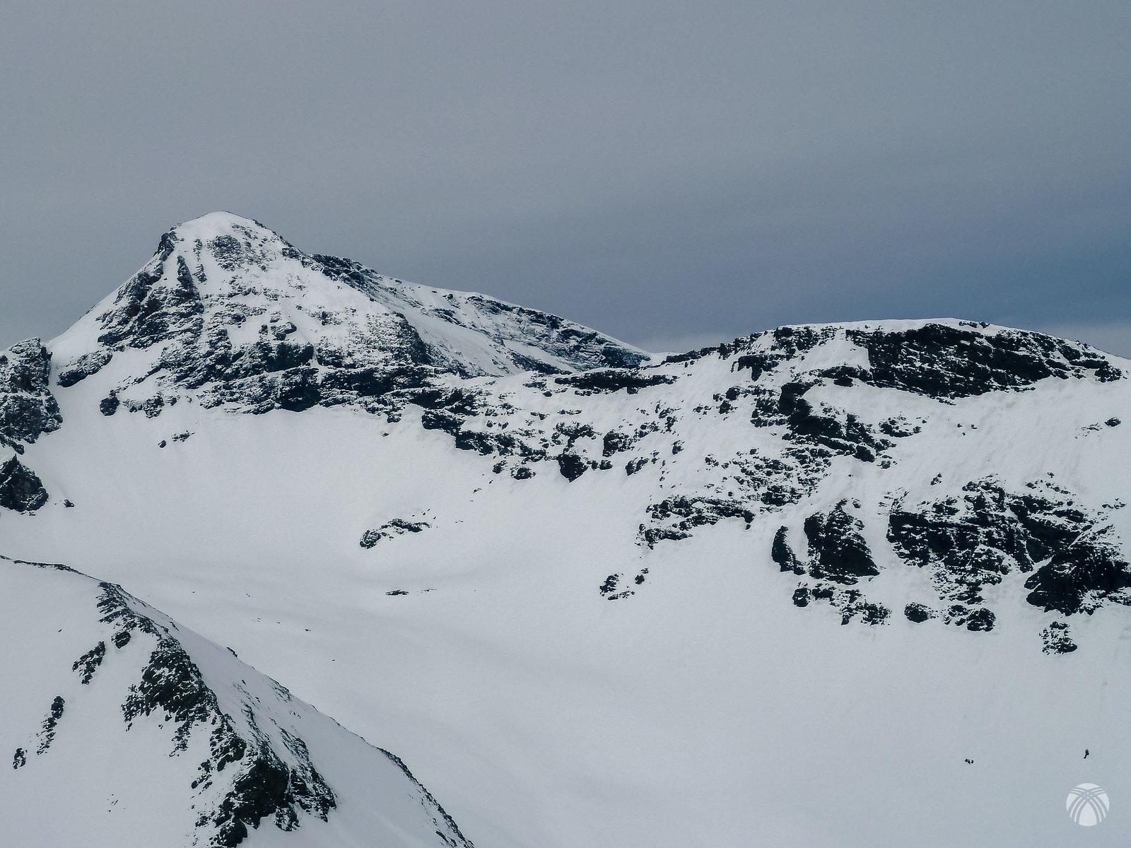 La cara este del Cerro de los Machos