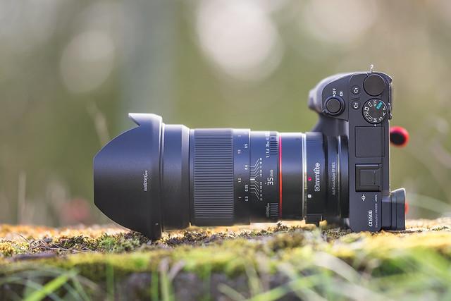 SONY ⍺6500 & Samyang 35mm ƒ/1.4 ED AS UMC on Commlite EF-NEX