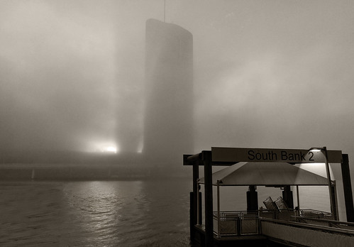 landscape blackwhite bw sepia river fog water brisbane 1williamstreet southbank ferryterminal htcmobile earlymorning foggymorning