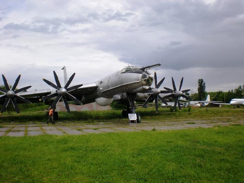 ツポレフ火-142M3 3