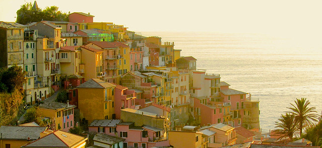 Cinque Terre (Italy); Manarola kissed by the sun