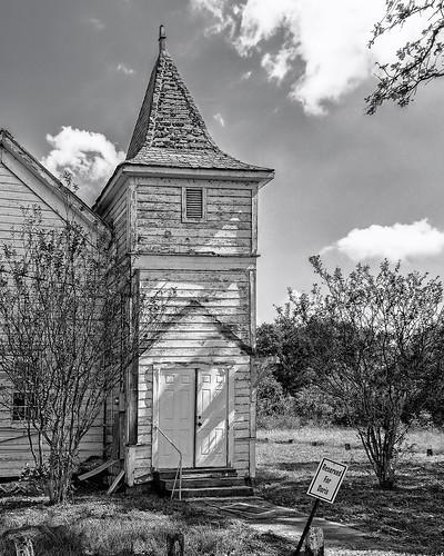 bw blackwhite blackandwhite chapel church dabnerhillchurch doris monochrome old reserved sign snook somerville texas unitedstates us