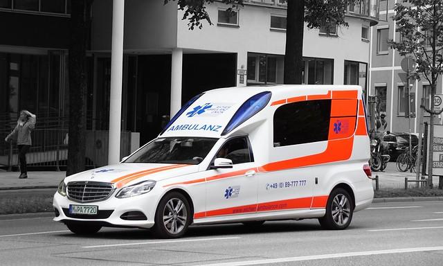 Aicher Ambulanz Union KTW Mercedes-Benz