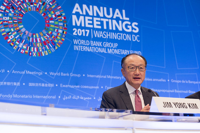 Thu, 10/12/2017 - 09:03 - October 12, 2017 - WASHINGTON, DC. World Bank / IMF 2017 Annual Meetings.  Watch Event  Opening Press Conference: World Bank Group President, Jim Yong Kim. Photo:  World Bank / Simone D. McCourtie  Photo ID: 101217-JYKPressConf-0109f