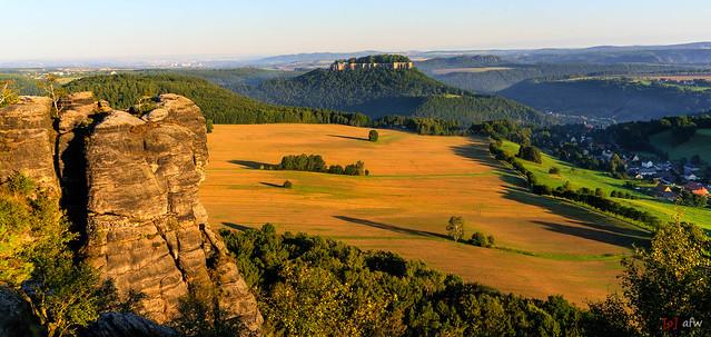 Blick vom Pfaffenstein zur Festung Königstein