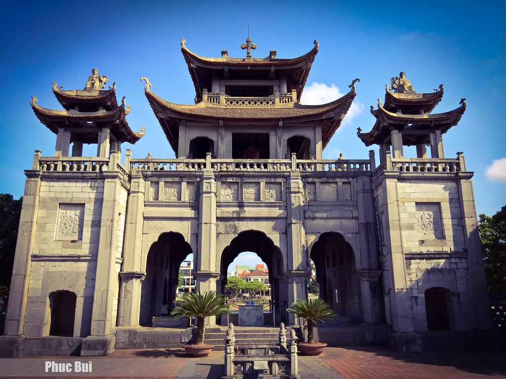 The Phát Diệm Cathedral (Vietnamese: Nhà thờ chính tòa Phá… | Flickr