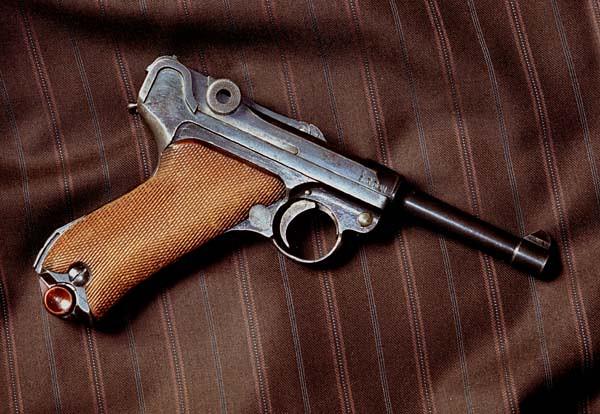 Histoire du Luger P08 9 mm Parabellum 1918 - Page 2 24347549868_1fcc155639_z